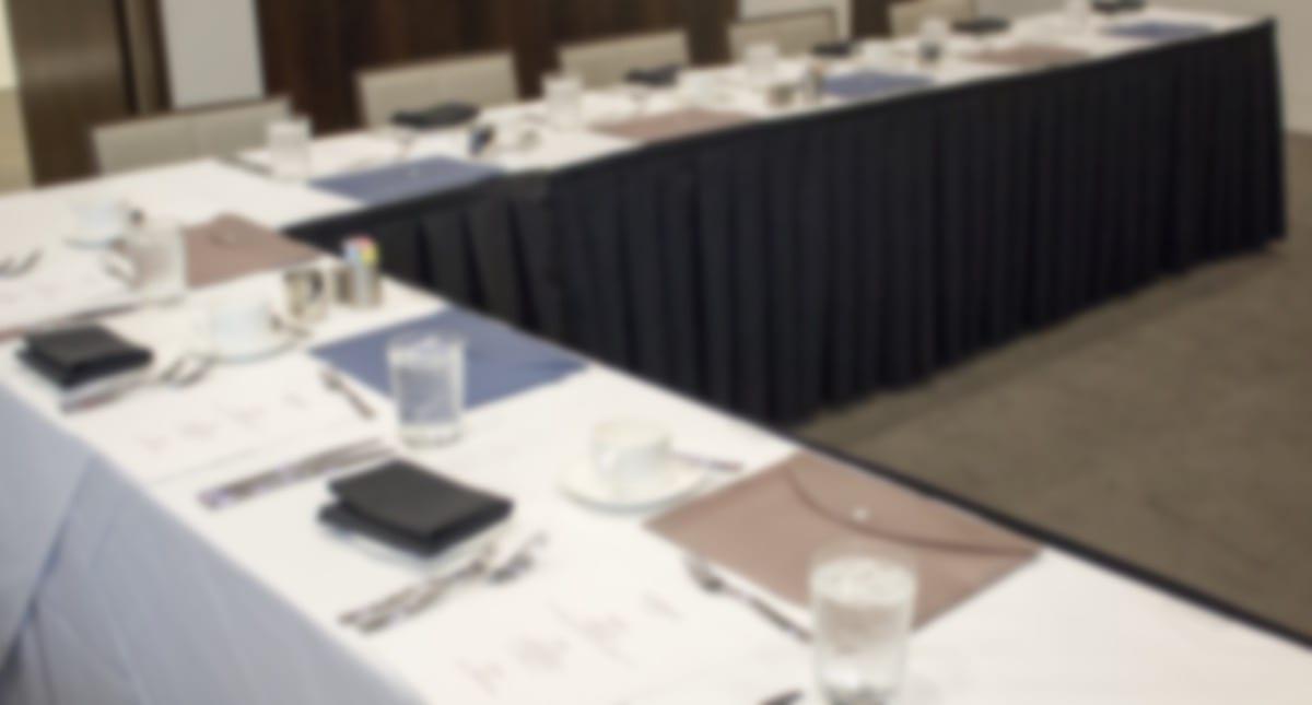Door_Space_Healthcare_HR_Executive_Nov16-table-setup